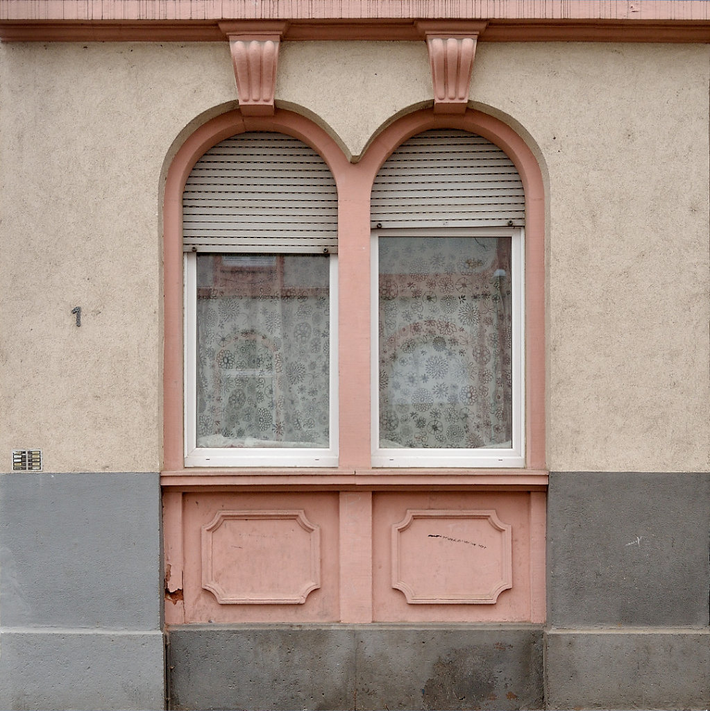 UweSee-DSC6433-Kurze-Str-1-Wohnhaus-Offenbach.jpg